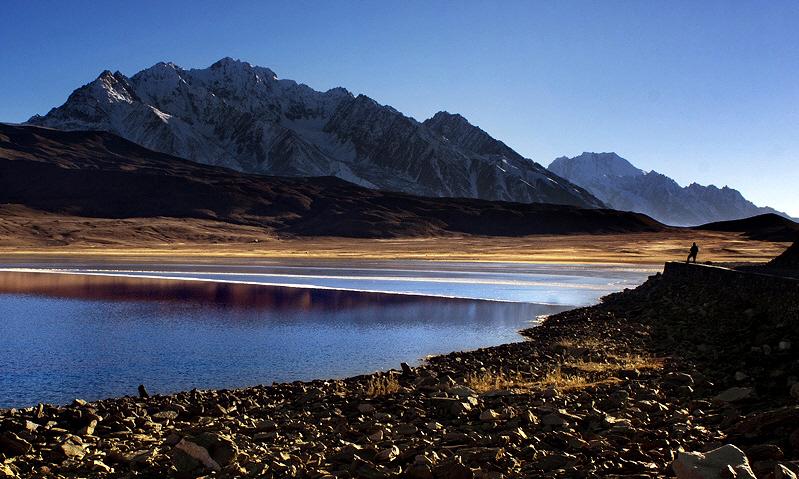 pakistan___shandur_lake_5_by_pakdev-d39tkhx