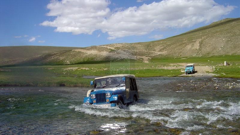 Deosai-Jeep-Safari
