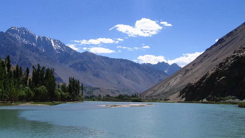 Pakistan-Shandur-Lake