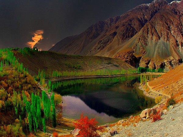 Phandar-Lake-1