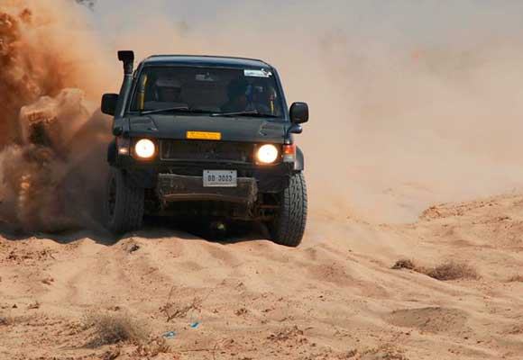 jeep-safari-cholistan
